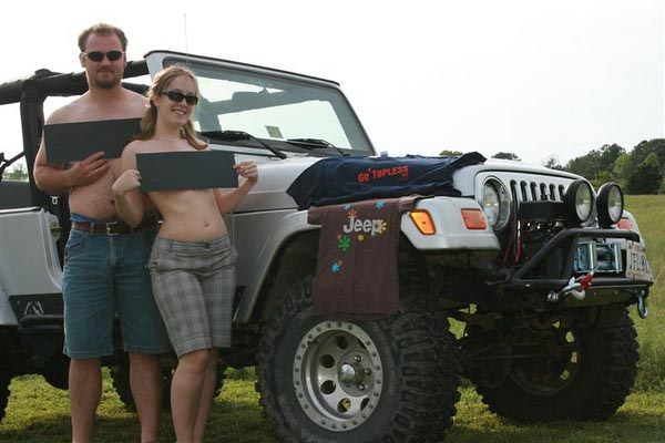 jeepers-go-topless-day-2008.jpg